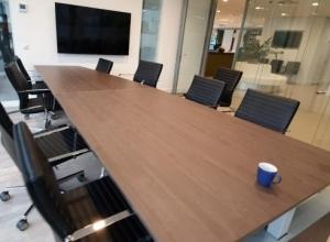Luxe vergadertafel